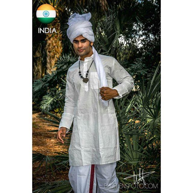 NATIONAL COSTUME - INDIA
