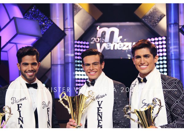 From left: 1st Runner-up Walfred Crespo, Mister Venezuela 2016 Renato Barabino, and 2nd Runner-up Gustavo Acevedo.