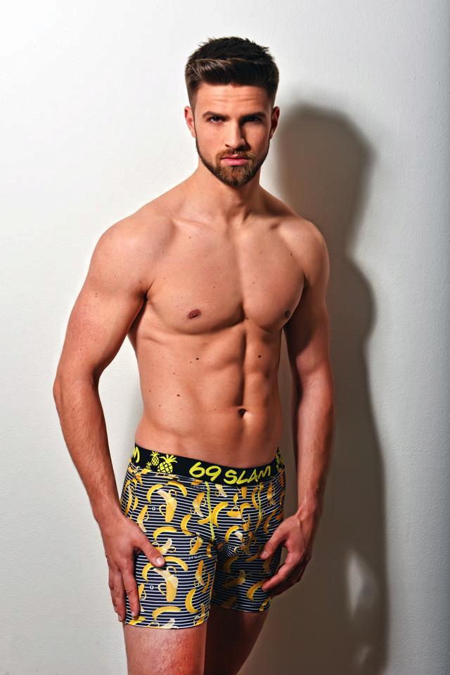 4. Tomáš Dvořák, student, 24 let, Litomyšl, výška 183, hrudník-pas-boky 102-82-103