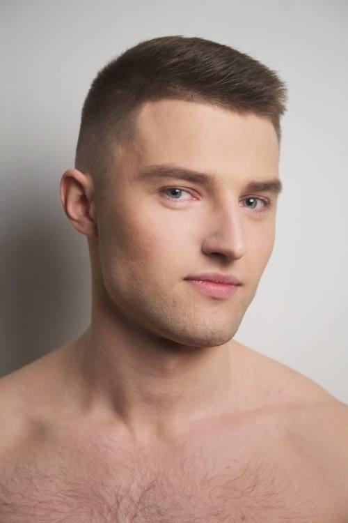 MATĪSS PASTARS Vecums - 21 g.; Augums - 185 cm