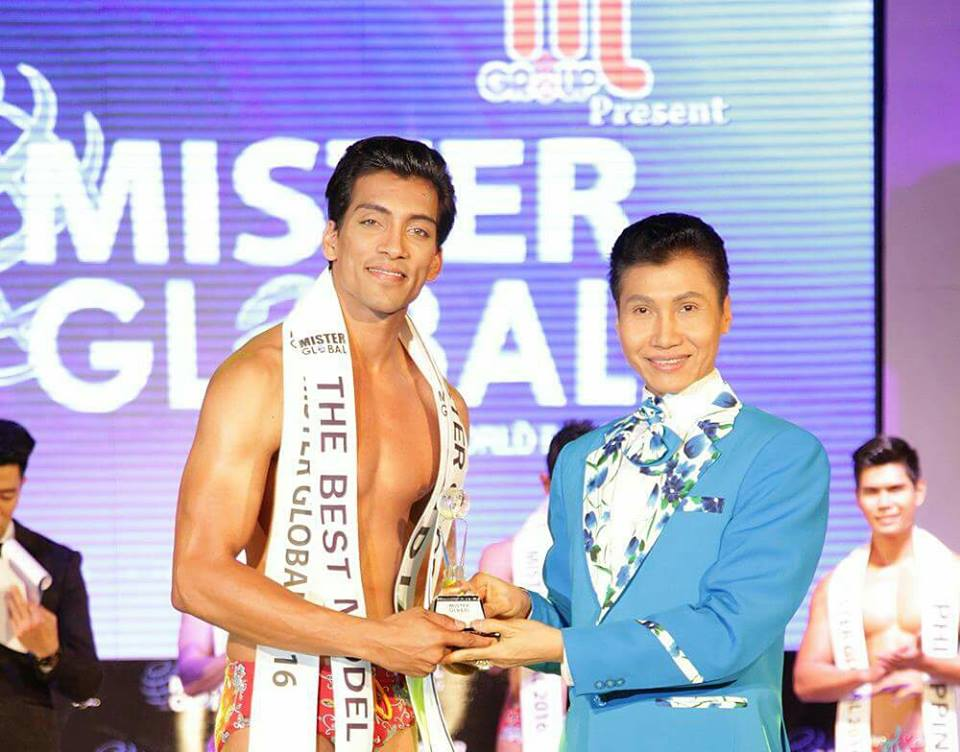 Prateek Baid being awarded with the title of Best Model of the year at Mister Global 2016 in Thailand.
