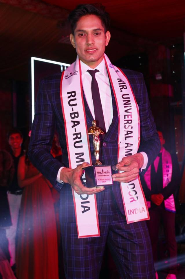 Rohit Jakhar's winning moment at the Rubaru Mister India 2017 contest.