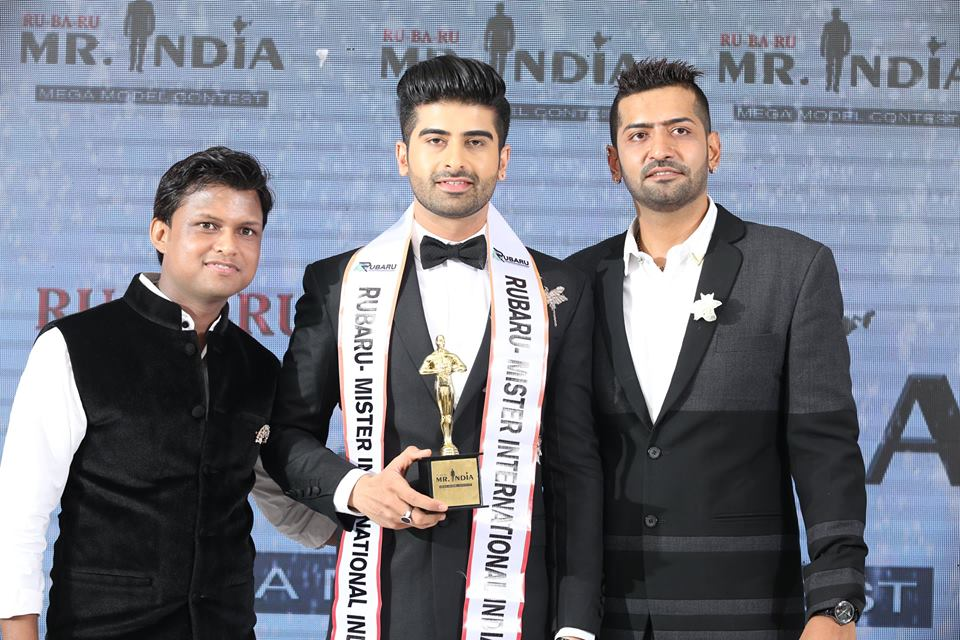 (Left to right) Sandeep Kumar, the president of Rubaru Mr India Organization; Darasing Khurana, Rubaru Mr India International 2017 and Pankaj Kharbanda, the vice-president of Rubaru Mr India Organization.