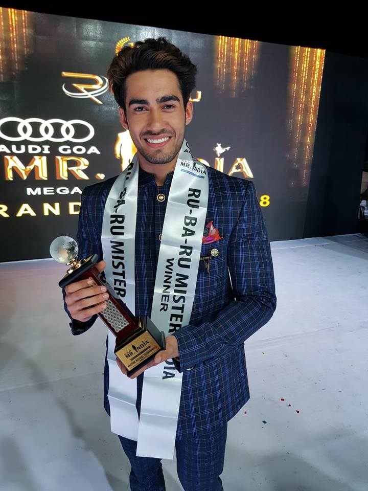 Suraj Dahiya's winning moment at Audi Goa Rubaru Mr India 2018 contest. He is the winner of 15th Rubaru Mr India contest.