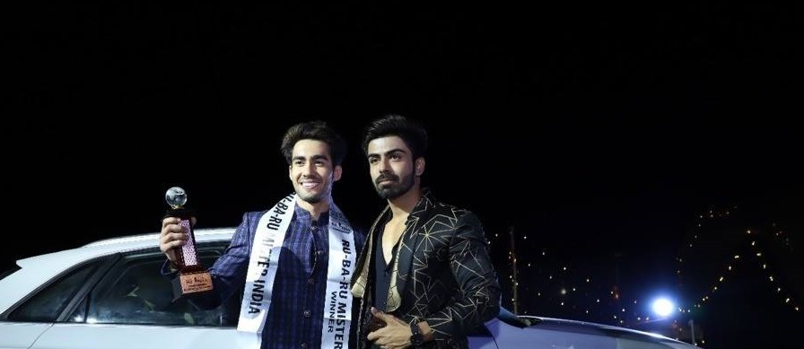 Audi Goa Rubaru Mr India 2018, Suraj Dahiya striking a pose next to Audi Q3 car that we won with actor, model, TV celebrity and Rubaru Mr India 016, Akash Choudhary.  Askah was also  the mentor, judge and show  director of this year's Rubaru Mr India pageant.