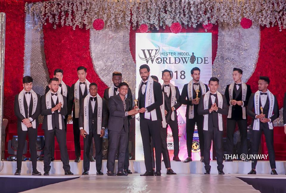 Mr Sri Lanka, Sajith Perera while receiving the Best National Costume (First Runner Up) award at Mister Model Worldwide 2018 competition. Picture by Sunya Yamaka.