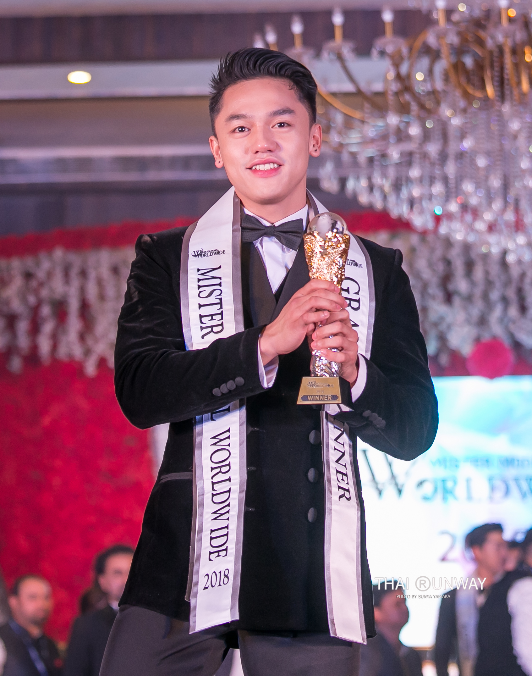 Mr Philippines, Carlo Pasion's winning moment at Mister Model Worldwide 2018 contest. Picture by Thai Runway / Sunya Yamaka
