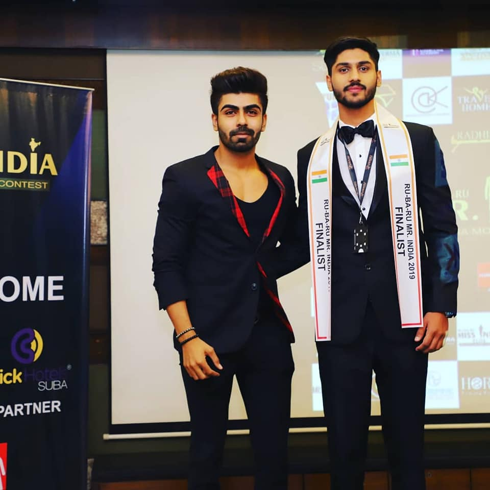 Amandeep Dahiya with reality TV celebrity, model, actor and former Rubaru Mr India winner, Akash Choudhary during the sash ceremony of the pageant.