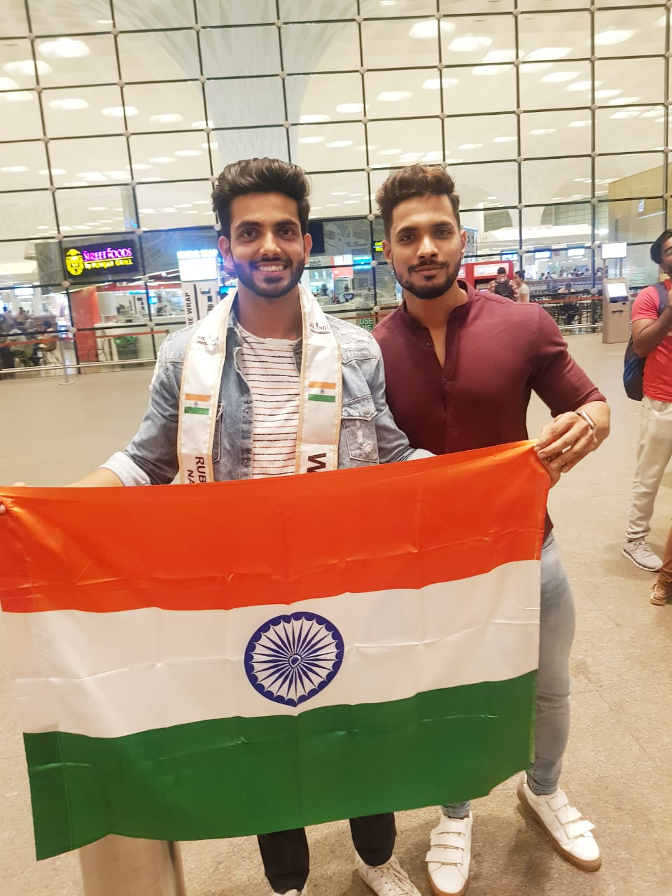 Rubaru Mr India National Universe 2019, Sahil Arora with Rubaru Mr West India 2018, Sagar Amale at the airport in Mumbai.