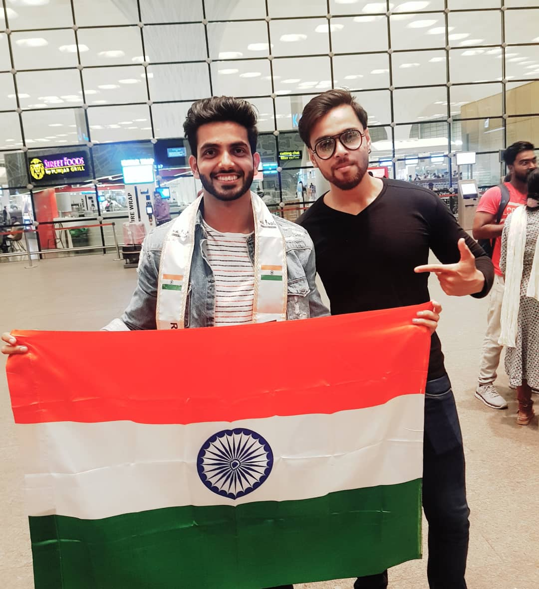 Rubaru Mr India National Universe 2019, Sahil Arora with Rubaru Mr India 2018, Syed Zain at the airport in Mumbai.